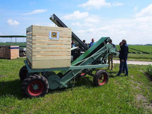 Aardappelrooier Steverink techniek - Lasting Fields